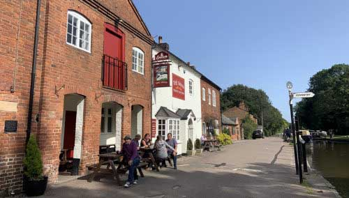 The Swan at Fradley Junction, Canalside pub with food